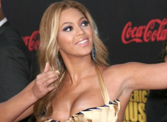 Beyonce and Jay Z Jealous of Kim Kardashian and Kanye West's New-Born Son?