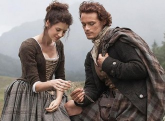 Fans are waiting for the next Outlander binge-viewing