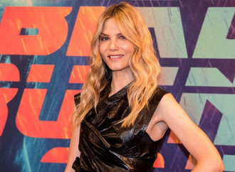 'Blade Runner' breakout Sylvia Hoeks joins 'Girl With the Dragon Tattoo' sequel