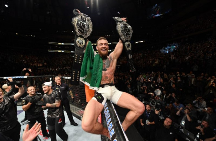 If Conor McGregor can't successfully defend multiple UFC titles, who can?