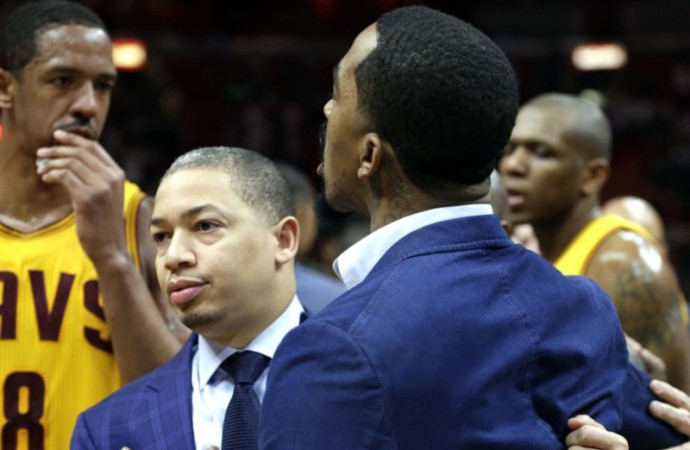 J.R. Smith and Dion Waiters had to be separated after Cavaliers' ugly loss