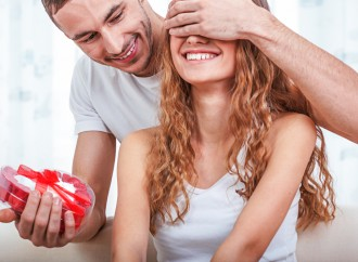 10 Valentine's Day Ideas to Impress Her