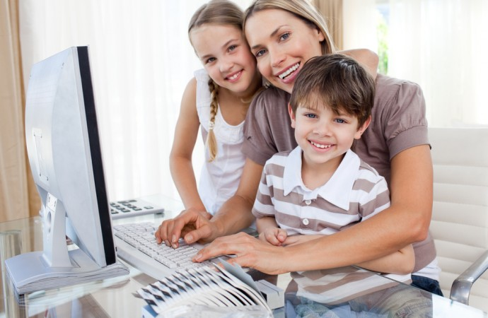 How Can Parents Help Kids Learn About Computer Science?