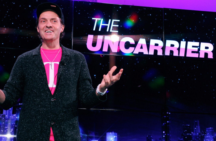 T-Mobile\'s One \'All In\' plan is killing hidden fees and giving cash back