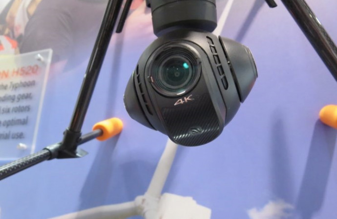 Selfie drones and more fly into CES 2017