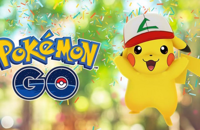 \'Pokémon Go\' celebrates its first birthday by giving Pikachu a hat
