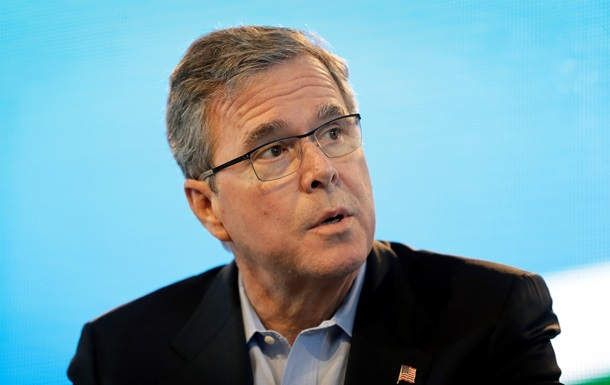 Jeb Bush compares Donald Trump and Hillary Clinton