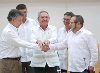 FARC rebels And Colombia's President Announce Justice Deal